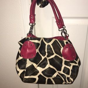 Giraffe printed purse